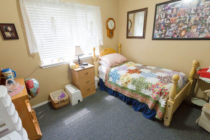 beverly hills idaho bedroom